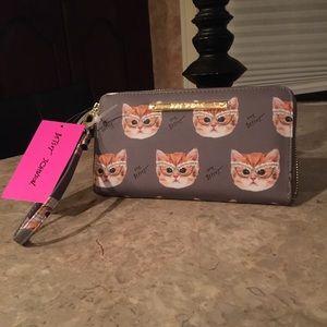NWT Betsey Johnson GRY Kitty Wristlet/Wallet